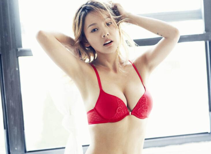9大女神上榜成韩国最新整形范本