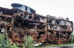 俄军前主力舰遇爆炸被弃为废铁