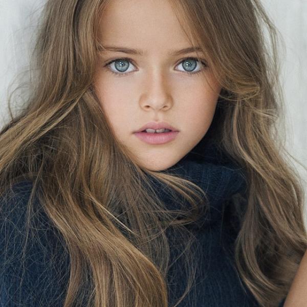 俄罗斯9岁女孩:世界最美女童模 时尚
