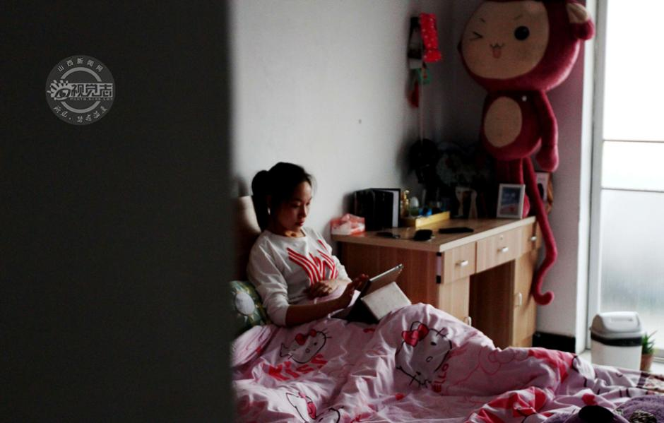 图片故事 失恋的夜店女孩 一个易被误解的职业