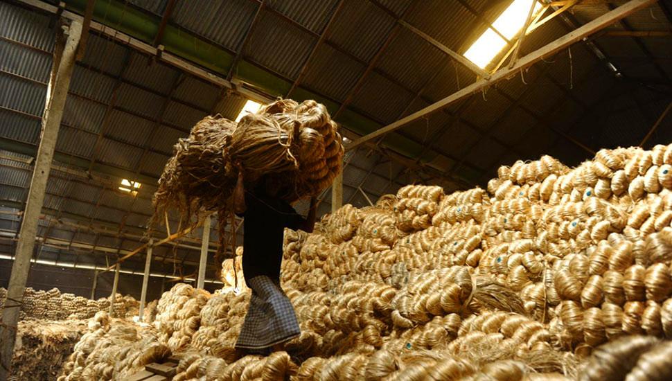 实拍孟加拉国达卡黄麻工厂