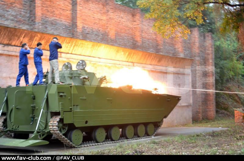 国产外贸VN18战车火力彪悍