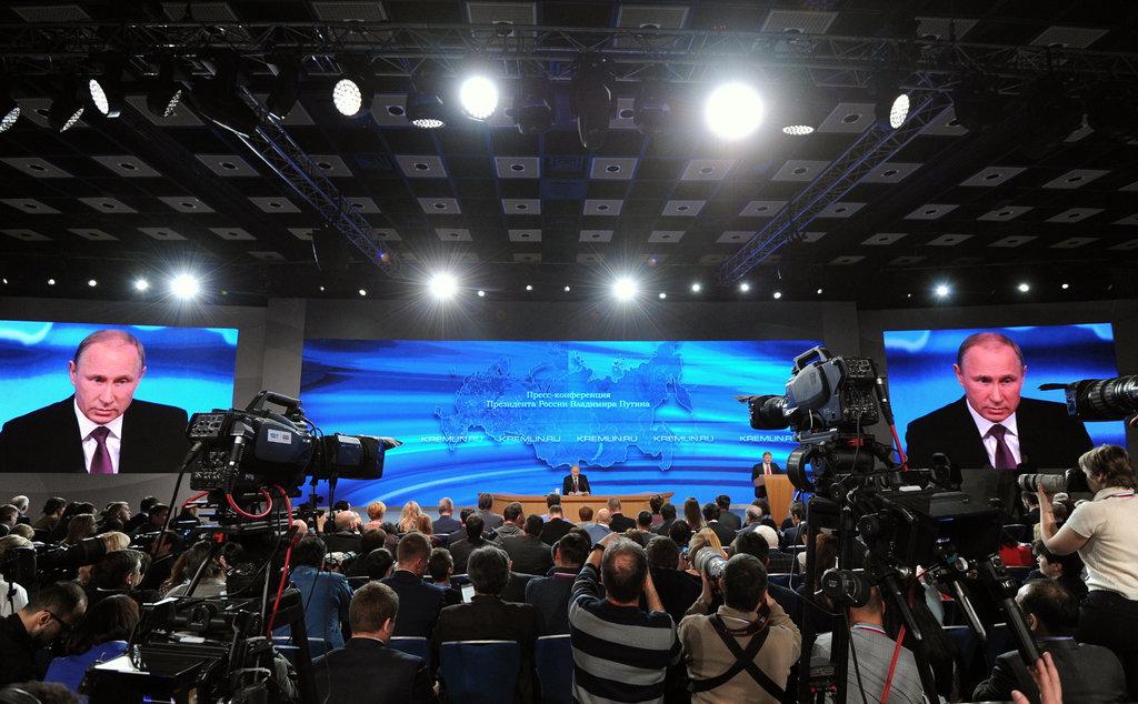 俄总统普京记者会谈稳定经济 告诫西方勿以冷战思维筑墙