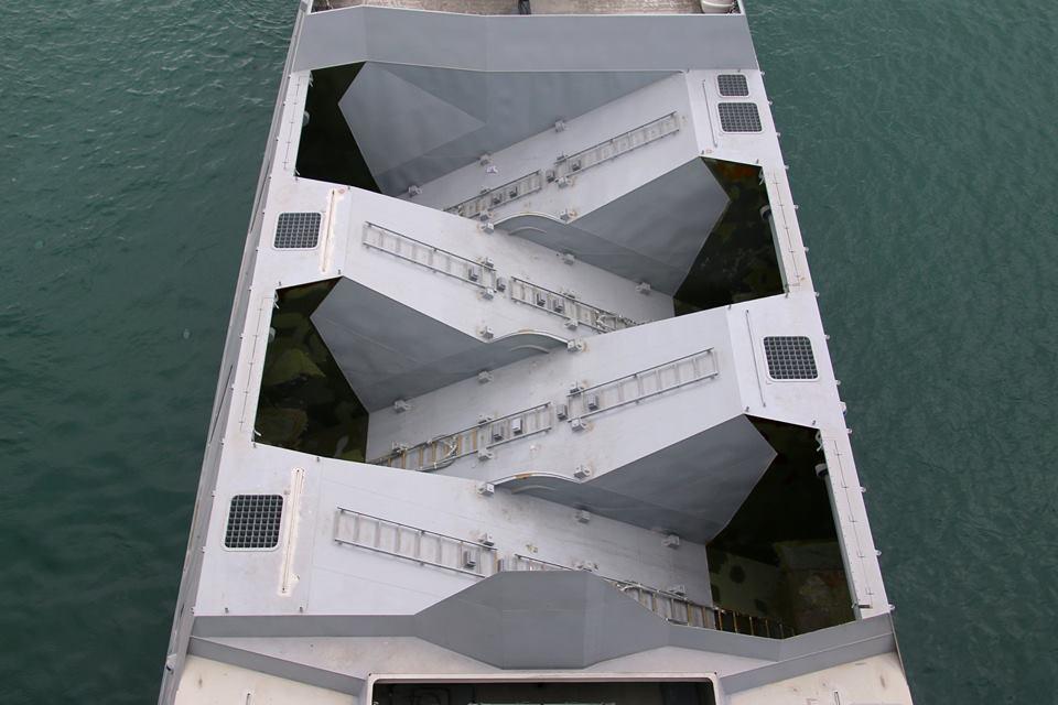台湾双体隐身舰导弹舱细节