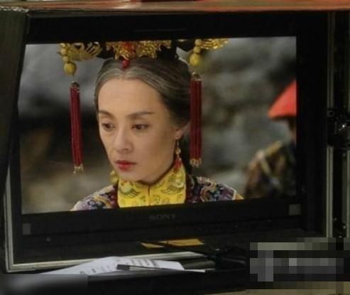 美版《甄嬛传》片场照曝光 孙俪吓坏网友