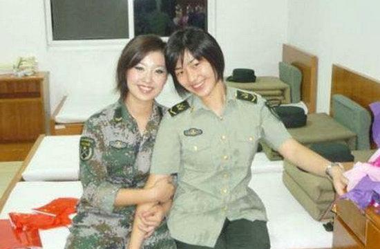 中美女兵宿舍有啥不一样?