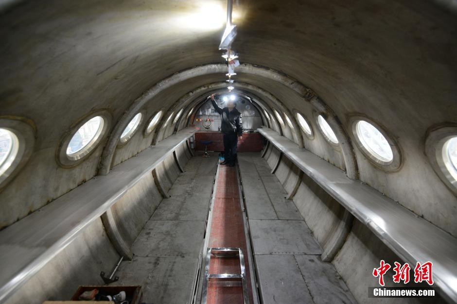 安徽民间高人动手打造潜艇