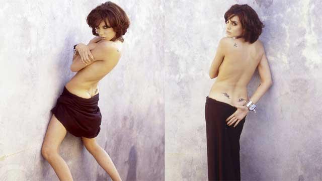 朱莉20年前旧照首曝光 臀部现性感纹身