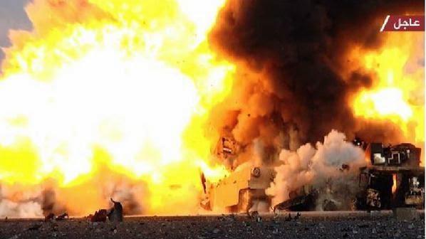 伊拉克M1A1坦克炮塔被掀飞