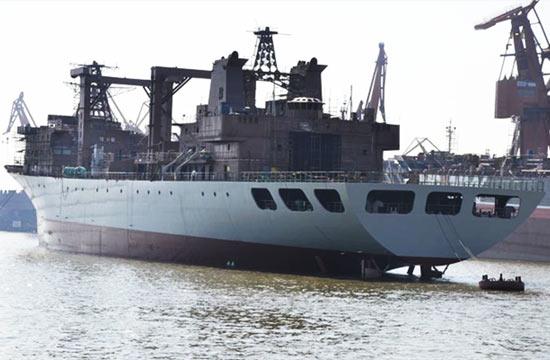 第6艘903A大型补给舰下水