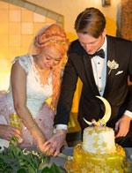 美新婚夫妇举办《美少女战士》主题婚礼