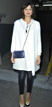 玛丽昂·歌迪亚1月5日纽约街拍