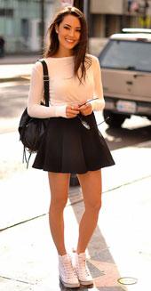 跟着明星学穿衣:如何演绎经典黑白搭配