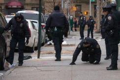 纽约两警察中餐馆内遭抢劫犯枪击受伤