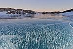 史诗般壮阔的冰冻湖泊