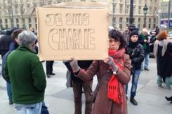 巴黎部分民众吁在恐怖袭击事发地点集会