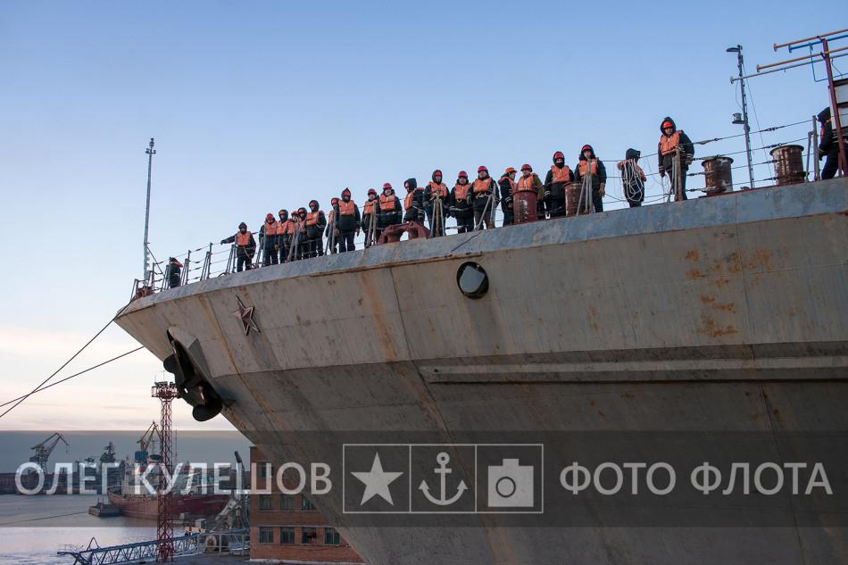 基洛夫巡洋进坞改装再服役(5/11)