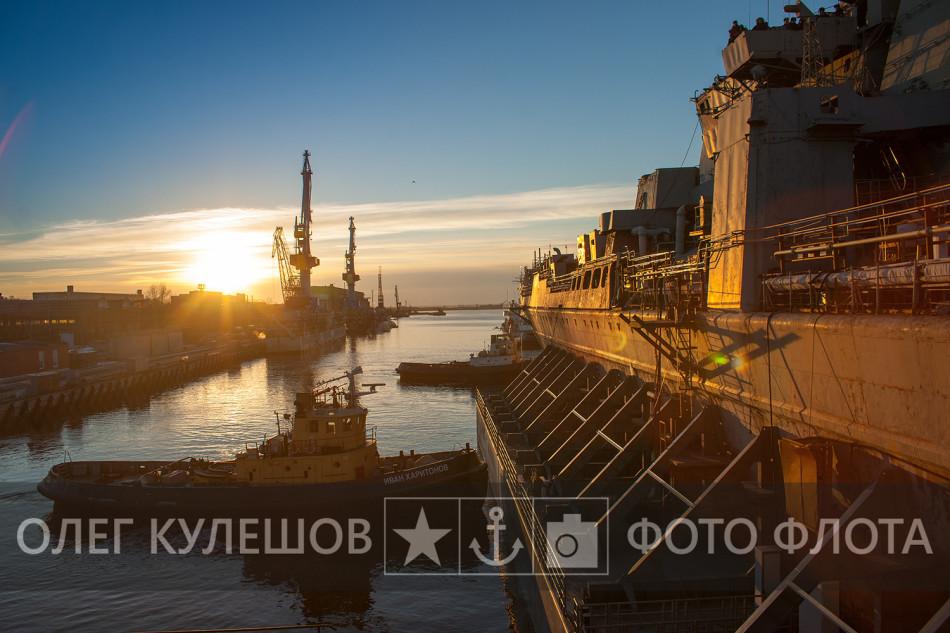 基洛夫巡洋进坞改装再服役(11/11)
