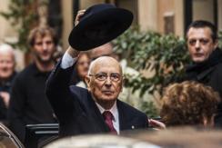 意大利89岁总统告老回家 意总统空缺