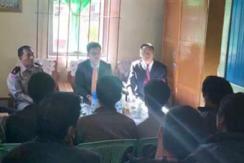 中方人员探望在缅被关押中国公民