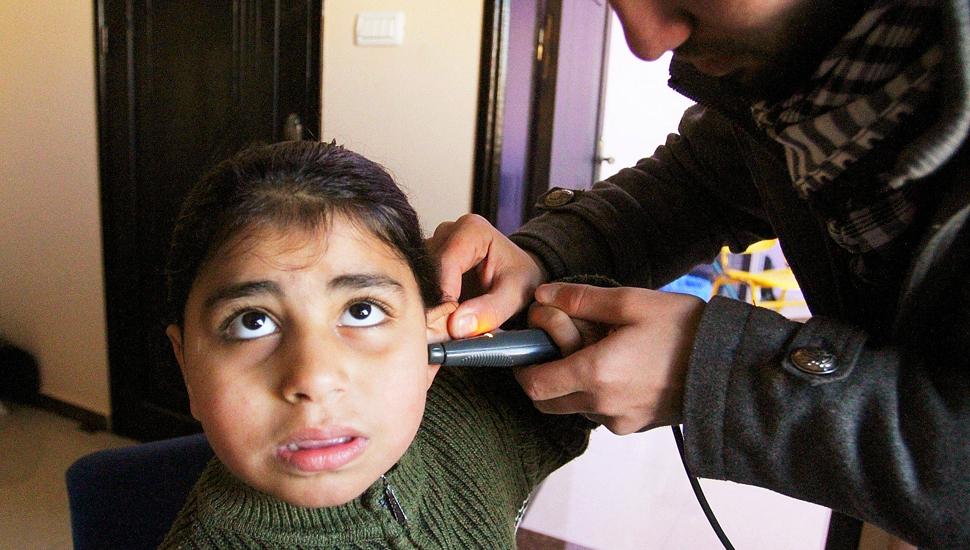 走进加沙聋哑儿童康复基金会