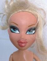 澳女子巧手改造性感娃娃 使其重获新生
