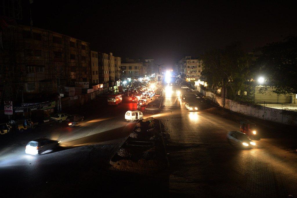 巴基斯坦反对派袭击供电线路 致全国80%地区停电