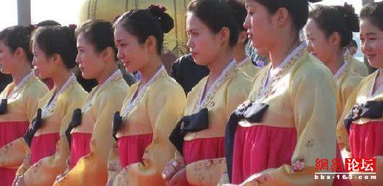西方记者镜头中的朝鲜神秘美女