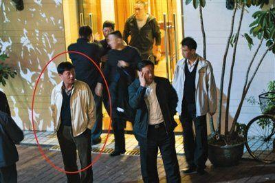 记者暗访警察饭局被打续:14名民警多为警界高官