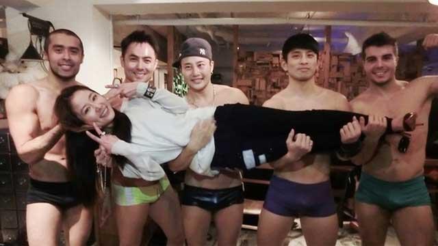39岁林心如台北庆生 遭五大裸男惊喜强抱