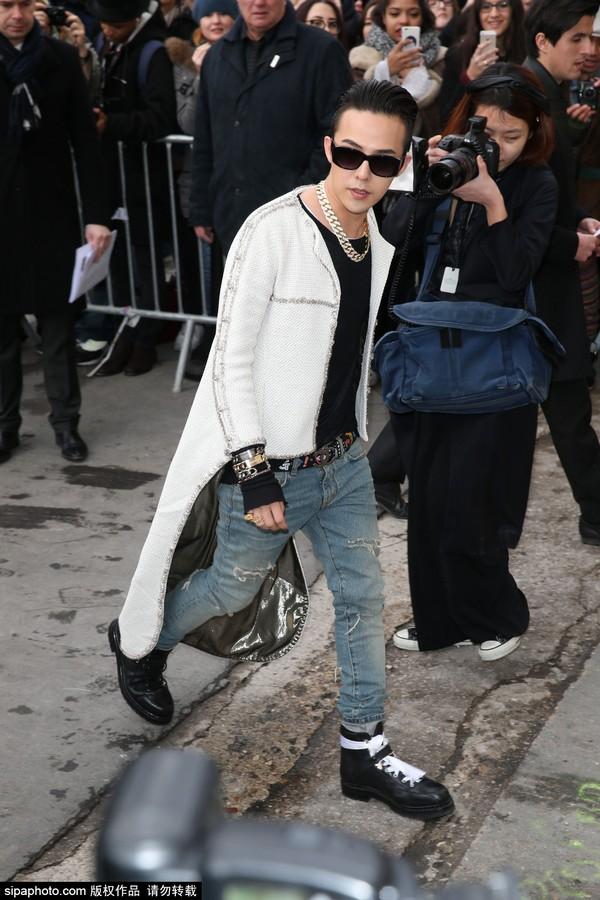 权志龙(G-Dragon)潮装亮相.Sipa Photo免责声明版权作品,未经图片
