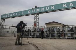 各国记者持续在土耳其边境守候日本人质获释