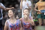 图揭老挝泼水节火爆现场