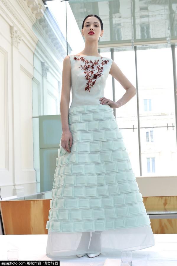 2015罗马时装周春夏 gattinoni品牌秀场图片