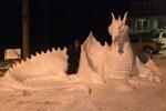 美艺术家创作雪雕另类又惊艳