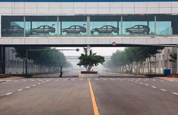 北京现代汽车生产流水线-美国人眼里的今日中国高清图片