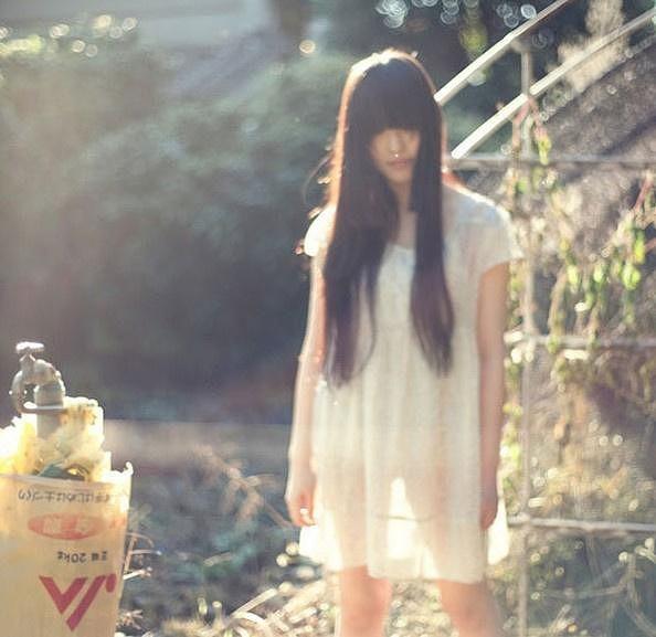 东京少女的神秘私生活 荒芜颓废
