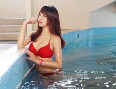 韩国美女体育老师海量泳装美照