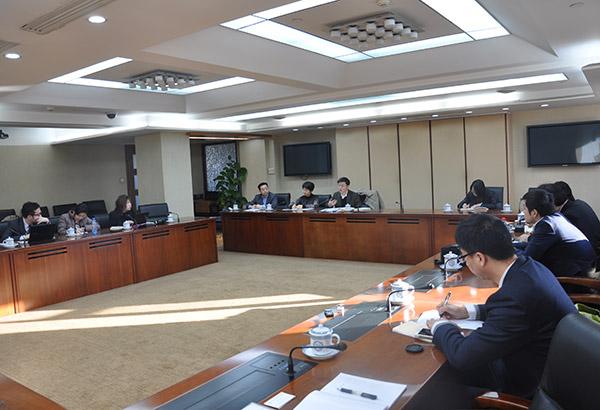 记者团到访中国环保部