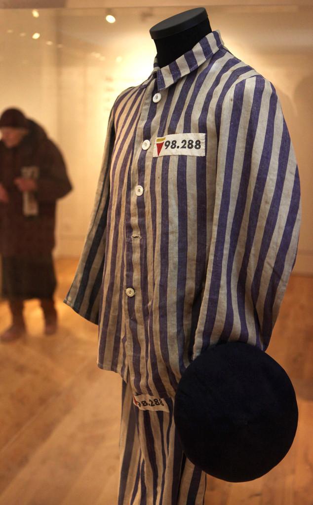 国内资讯_Urban Outfitters出售酷似大屠杀时期囚服再惹争端_时尚_环球网