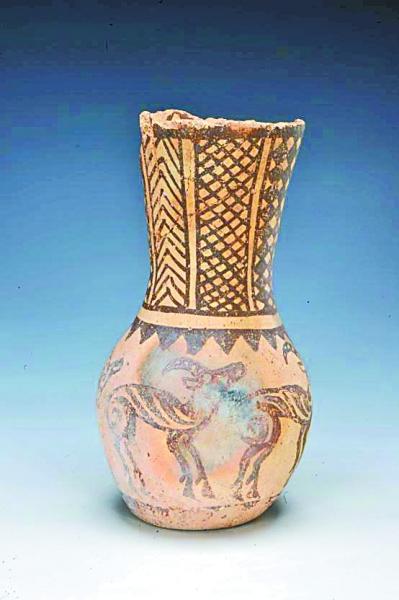 新疆首次发现五羊纹彩陶