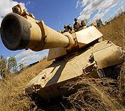 艾布拉姆斯坦克火力超猛