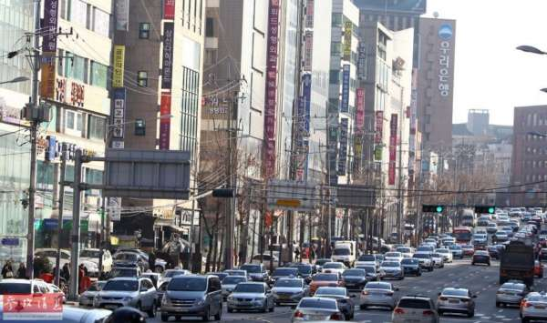 实地探访韩国整容一条街 美貌生产线全程揭秘