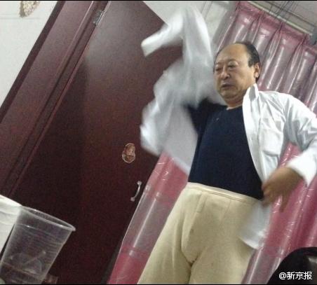 河北/有网友发帖反映河北省发改委副处长董玉发在已婚情况下,与一...