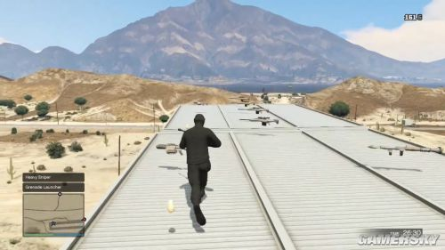 《侠盗猎车手5》秒杀抗日神剧 手雷炸超音速战斗机