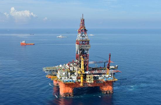 海警护航海洋石油981船队画面