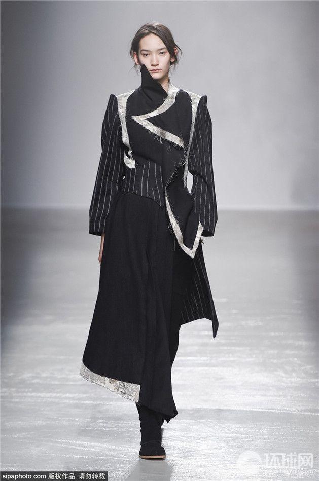2015巴黎时装周秋冬:aganovich