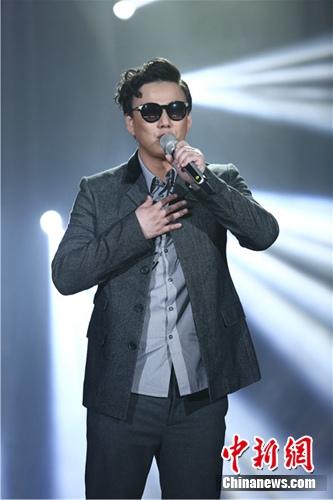 萧煌奇登《我是歌手》引关注 曾在残奥会获奖