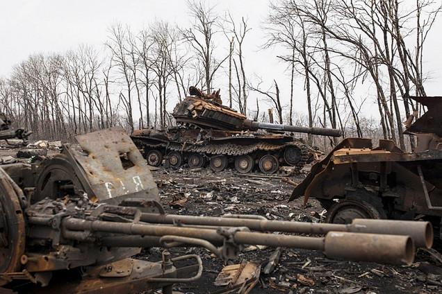 乌克兰东部战场:遍地狼藉