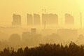 钟南山:全国上下一起努力治霾10年能见成效
